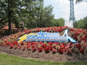 The Kings Dominion 40th Anniversary sign.