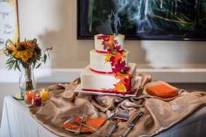 Our gorgeous cake, made with love by Tracy Grandon.