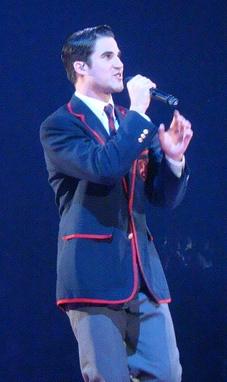 Blaine_Glee_Tour_Silly